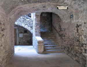 olargues3 300x233 Le village médiéval dOlargues aux portes de Saint Chinian