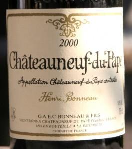 bono 265x300 Henri Bonneau 2000, Clos des Papes 2001 et Réserve 2006 du Clos du Caillou côte à côte