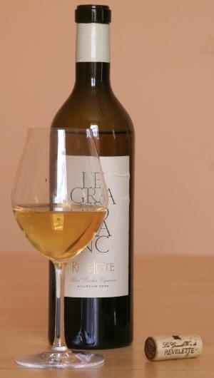 revelette verre1 Poisson vapeur à la sauce safranée et le Grand Blanc 2008 de Revelette