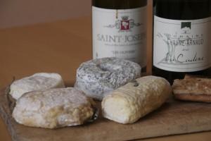 chevres gonon chaumearanud1 300x200 3 vins blanc sudistes et 4 fromages de chèvre